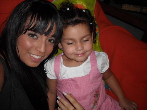 con mi hijita linda :D